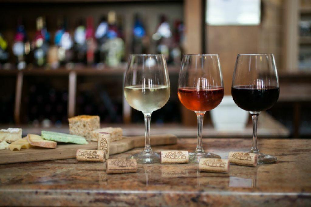 Vinrske dareky, dareky a dekorcie